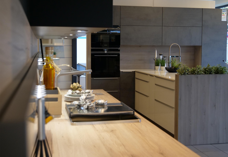 k chen lippold senke gmbh dreieich k chen markenk chen und k chenbedarf. Black Bedroom Furniture Sets. Home Design Ideas